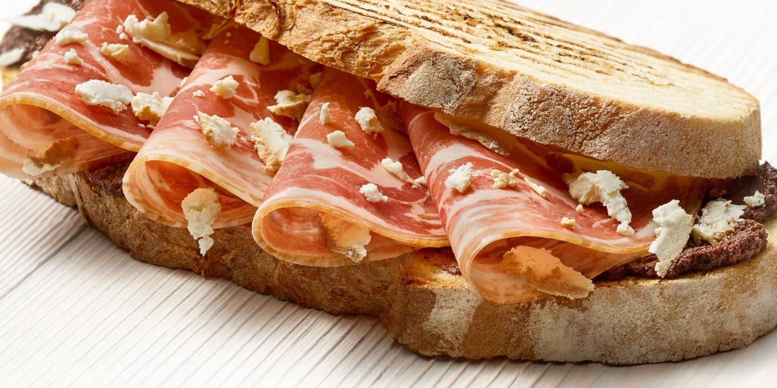levoni_emozionale_ricetta_boccone_sardo_pancetta